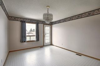 Photo 7: 2218 19 Street NE in Calgary: Vista Heights Detached for sale : MLS®# A1041031