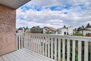 Photo 9: 2218 19 Street NE in Calgary: Vista Heights Detached for sale : MLS®# A1041031