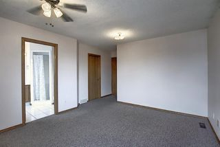 Photo 14: 2218 19 Street NE in Calgary: Vista Heights Detached for sale : MLS®# A1041031