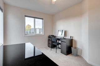 Photo 29: 627 Sierra Morena Place SW in Calgary: Signal Hill Detached for sale : MLS®# A1042537