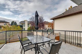 Photo 15: 627 Sierra Morena Place SW in Calgary: Signal Hill Detached for sale : MLS®# A1042537