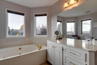 Photo 26: 627 Sierra Morena Place SW in Calgary: Signal Hill Detached for sale : MLS®# A1042537