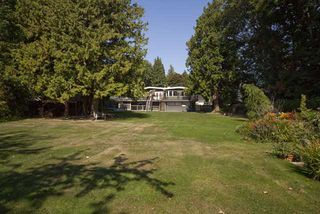 Photo 2: 5044 CLIFF Drive in Tsawwassen: Cliff Drive House for sale : MLS®# V906678
