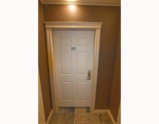 Photo 2: 150 - 3000 Marda Link SW in Calgary: Garrison Woods Condo for sale : MLS®# C3409573