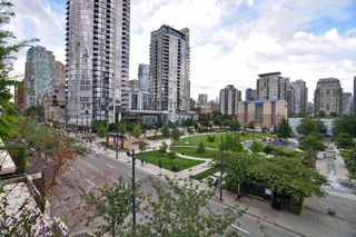 "Photo 21: 411 1225 RICHARDS Street in Vancouver: Yaletown Condo for sale in ""Eden"" (Vancouver West)  : MLS®# V1052342"