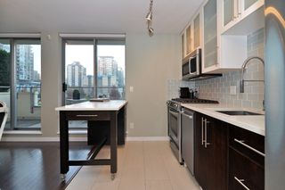 "Photo 10: 411 1225 RICHARDS Street in Vancouver: Yaletown Condo for sale in ""Eden"" (Vancouver West)  : MLS®# V1052342"