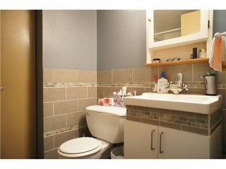 """Photo 10: 2208 9521 CARDSTON Court in Burnaby: Government Road Condo for sale in """"CONCORD PLACE"""" (Burnaby North)  : MLS®# V1055496"""