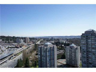"""Photo 17: 2208 9521 CARDSTON Court in Burnaby: Government Road Condo for sale in """"CONCORD PLACE"""" (Burnaby North)  : MLS®# V1055496"""