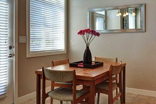 Photo 3: 132 ROCKYSPRING Grove NW in Calgary: Rocky Ridge Ranch Townhouse for sale : MLS®# C3640218