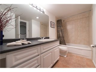 "Photo 16: 1301 2020 FULLERTON Avenue in North Vancouver: Pemberton NV Condo for sale in ""WOODCROFT ESTATES"" : MLS®# V1098373"