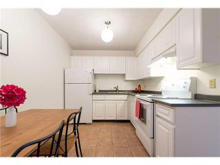 "Photo 10: 1301 2020 FULLERTON Avenue in North Vancouver: Pemberton NV Condo for sale in ""WOODCROFT ESTATES"" : MLS®# V1098373"