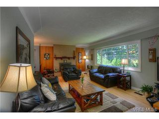 Photo 2: 8650 East Saanich Rd in NORTH SAANICH: NS Dean Park House for sale (North Saanich)  : MLS®# 704797