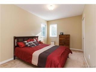 Photo 12: 108 Thetis Vale Cres in VICTORIA: VR Six Mile Single Family Detached for sale (View Royal)  : MLS®# 707982