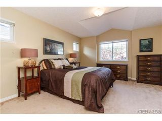 Photo 10: 108 Thetis Vale Cres in VICTORIA: VR Six Mile Single Family Detached for sale (View Royal)  : MLS®# 707982