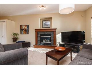 Photo 7: 108 Thetis Vale Crescent in VICTORIA: VR Six Mile Single Family Detached for sale (View Royal)  : MLS®# 354105