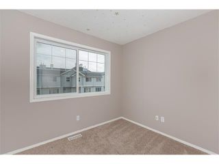 Photo 12: 224 7038 16 Avenue SE in Calgary: Applewood Park House for sale : MLS®# C4035476
