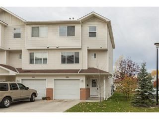 Photo 1: 224 7038 16 Avenue SE in Calgary: Applewood Park House for sale : MLS®# C4035476
