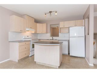 Photo 6: 224 7038 16 Avenue SE in Calgary: Applewood Park House for sale : MLS®# C4035476
