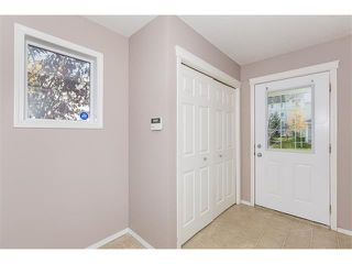 Photo 3: 224 7038 16 Avenue SE in Calgary: Applewood Park House for sale : MLS®# C4035476