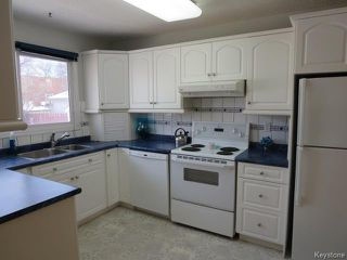 Photo 5: 22 Galbraith Crescent in WINNIPEG: Westwood / Crestview Residential for sale (West Winnipeg)  : MLS®# 1530607