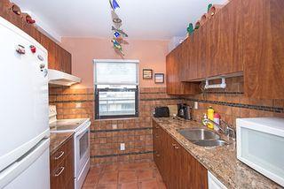 "Photo 5: 302 1750 AUGUSTA Avenue in Burnaby: Simon Fraser Univer. Condo for sale in ""AUGUSTA GROVE"" (Burnaby North)  : MLS®# R2046384"