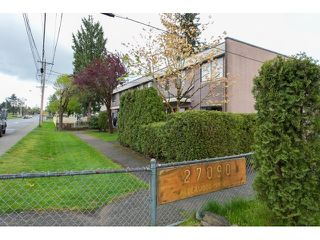 Photo 2: 36 27090 32 Avenue in Langley: Aldergrove Langley Townhouse for sale : MLS®# R2059488