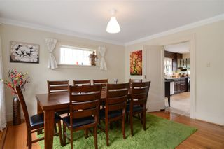 Photo 5: 4562 MARINE Drive in Burnaby: Big Bend House for sale (Burnaby South)  : MLS®# R2074382