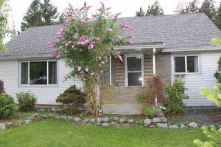 Photo 1: 574 FRASER Avenue in Hope: Hope Center House for sale : MLS®# R2089650