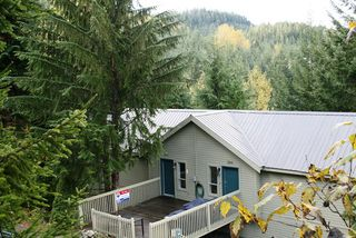 "Photo 2: 2243 BRANDYWINE Way in Whistler: Bayshores House 1/2 Duplex for sale in ""BAYSHORES"" : MLS®# R2096332"
