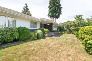 "Photo 3: 2037 ALLISON Road in Vancouver: University VW House for sale in ""UEL SOUTH"" (Vancouver West)  : MLS®# R2100165"