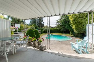 "Photo 13: 2037 ALLISON Road in Vancouver: University VW House for sale in ""UEL SOUTH"" (Vancouver West)  : MLS®# R2100165"