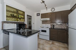 Photo 5: 1578 E 58TH Avenue in Vancouver: Fraserview VE House for sale (Vancouver East)  : MLS®# R2101861