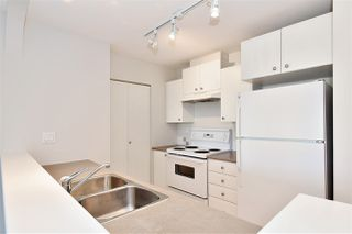 "Photo 5: 410 6833 VILLAGE GREEN in Burnaby: Highgate Condo for sale in ""Carmel by Adera"" (Burnaby South)  : MLS®# R2104902"
