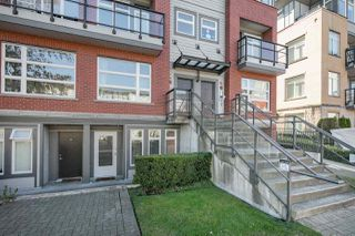 "Photo 2: 102 5632 KINGS Road in Vancouver: University VW Townhouse for sale in ""POLLOCK"" (Vancouver West)  : MLS®# R2109342"