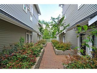"Photo 3: 28 6965 HASTINGS Street in Burnaby: Sperling-Duthie Condo for sale in ""CASSIA"" (Burnaby North)  : MLS®# R2118688"
