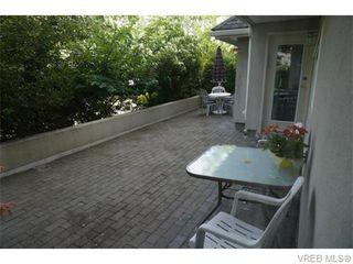 Photo 12: 102 1477 Yale St in VICTORIA: OB South Oak Bay Condo Apartment for sale (Oak Bay)  : MLS®# 745945