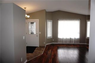 Photo 4: 71 APPLEMEAD Close SE in Calgary: Applewood Park House for sale : MLS®# C4109601