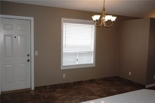 Photo 3: 71 APPLEMEAD Close SE in Calgary: Applewood Park House for sale : MLS®# C4109601
