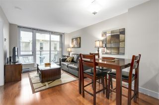 """Photo 3: 620 1088 RICHARDS Street in Vancouver: Yaletown Condo for sale in """"RICHARDS LIVING"""" (Vancouver West)  : MLS®# R2154571"""