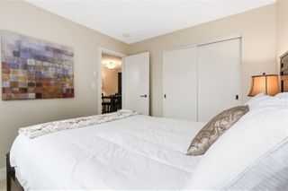 """Photo 6: 620 1088 RICHARDS Street in Vancouver: Yaletown Condo for sale in """"RICHARDS LIVING"""" (Vancouver West)  : MLS®# R2154571"""