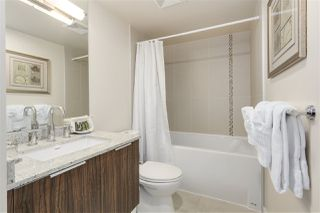 """Photo 7: 620 1088 RICHARDS Street in Vancouver: Yaletown Condo for sale in """"RICHARDS LIVING"""" (Vancouver West)  : MLS®# R2154571"""