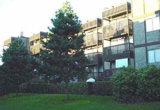 """Photo 13: 402 9672 134 Street in Surrey: Whalley Condo for sale in """"Parkwoods - Dogwood"""" (North Surrey)  : MLS®# R2155984"""