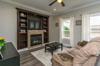 "Photo 3: 7333 194 Street in Surrey: Clayton House for sale in ""Clayton"" (Cloverdale)  : MLS®# R2173578"