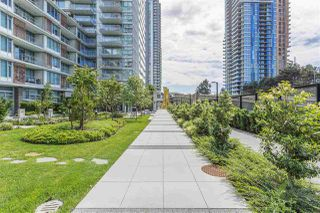 "Photo 3: 1205 8031 NUNAVUT Lane in Vancouver: Marpole Condo for sale in ""MC2"" (Vancouver West)  : MLS®# R2176544"