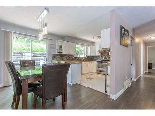 Photo 7: 2403 CAMERON Crescent in Abbotsford: Abbotsford East House for sale : MLS®# R2183753