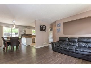 Photo 6: 2403 CAMERON Crescent in Abbotsford: Abbotsford East House for sale : MLS®# R2183753