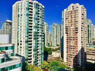 """Photo 15: 1306 821 CAMBIE Street in Vancouver: Downtown VW Condo for sale in """"RAFFLES ON ROBSON"""" (Vancouver West)  : MLS®# R2186091"""