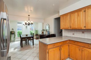 Photo 8: 6749 HERSHAM Avenue in Burnaby: Highgate House for sale (Burnaby South)  : MLS®# R2197426