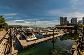 Photo 3: 1005 560 CARDERO STREET in Vancouver: Coal Harbour Condo for sale (Vancouver West)  : MLS®# R2192257