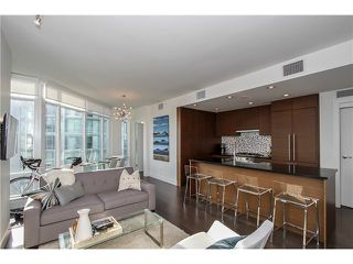 Photo 6: # 2703 565 SMITHE ST in Vancouver: Downtown VW Condo for sale (Vancouver West)  : MLS®# V1138496